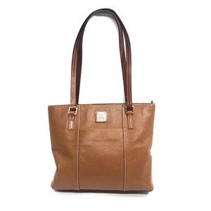 Dooney & Bourke camel leather shoulder bag